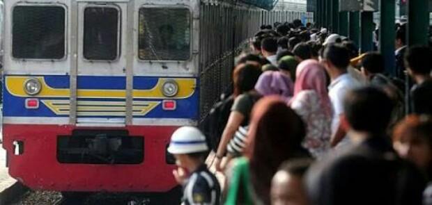KCI Mendadak Gunakan Tiket Kertas, Stasiun Bogor Ricuh