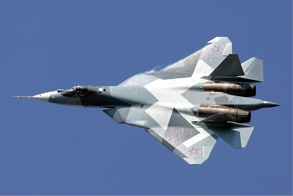 Rusia Pamerkan Sukhoi Su-57E di MAKS 2019