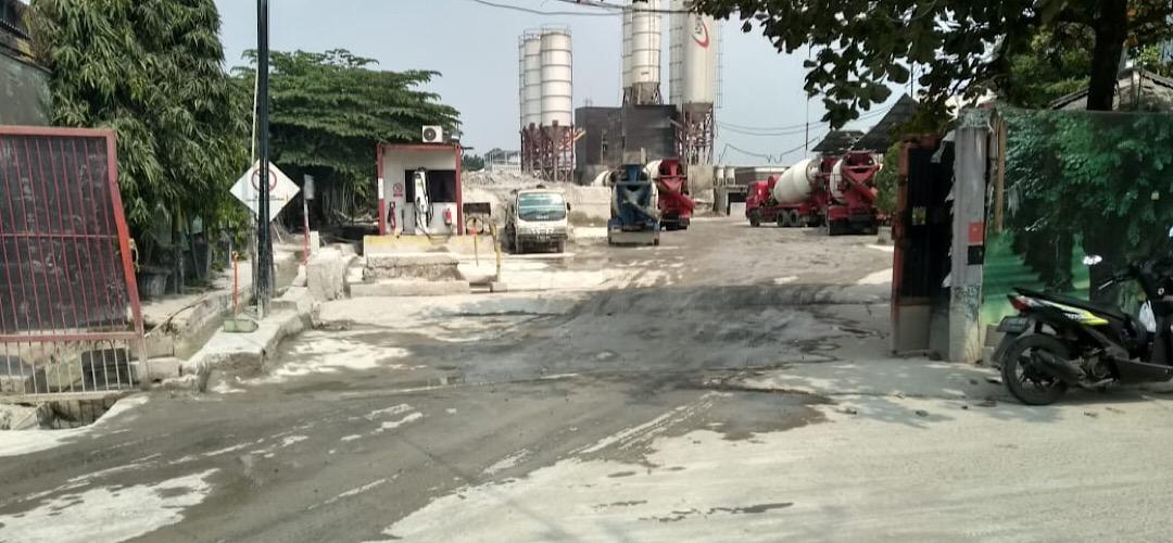 Membahayakan Kesehatan, Batching Plant di Tangsel Dikeluhkan Warga