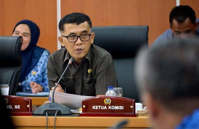 Orang Tua Siswa Teriak Kuota Internet, Demokrat: Gubernur Sudah Gandeng Provider Gratiskan Internet