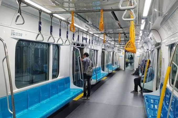MRT Mulai Beroperasi Normal Dengan Pembatasan
