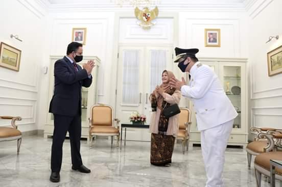 Sah ! Ahmad Riza Patria Dilantik Jokowi Sebagai Wagub DKI