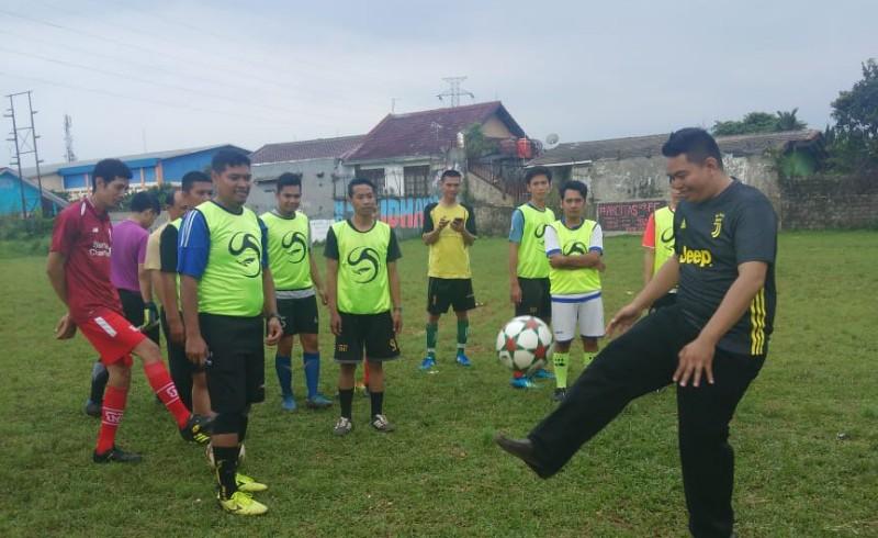 Kang Harry Siap Majukan Sepakbola di Tanah Sareal