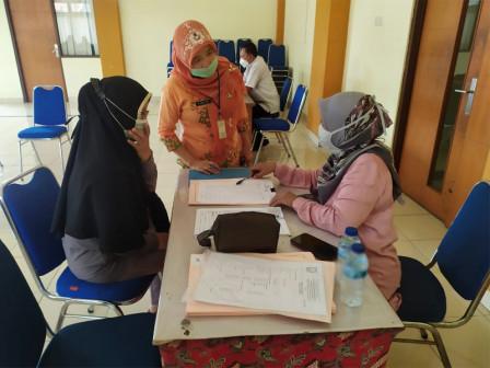 Sudin Pusip Jaktim Gelar Layanan Restorasi dan Digitalisasi Dokumen di Cipinang Muara