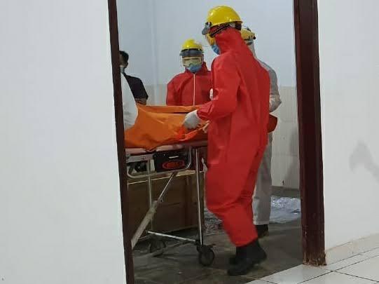 Insentif Petugas Pemakaman Jenazah Covid-19 Bakal Segera Cair