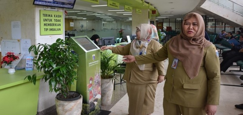 PTSP Jakarta Timur Raih Penghargaan Tertinggi Dari Ombudsman RI