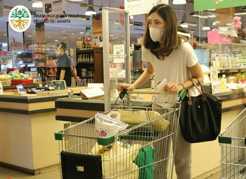 Sebulan Ini, Larangan Kantong Plastik Belum Dikenakan Denda Rp 250 Ribu