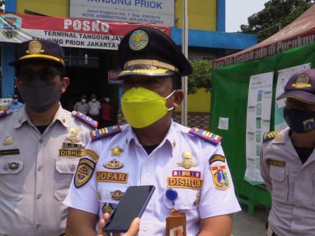Jumlah Penumpang di Terminal Tanjung Priok Cenderung Turun