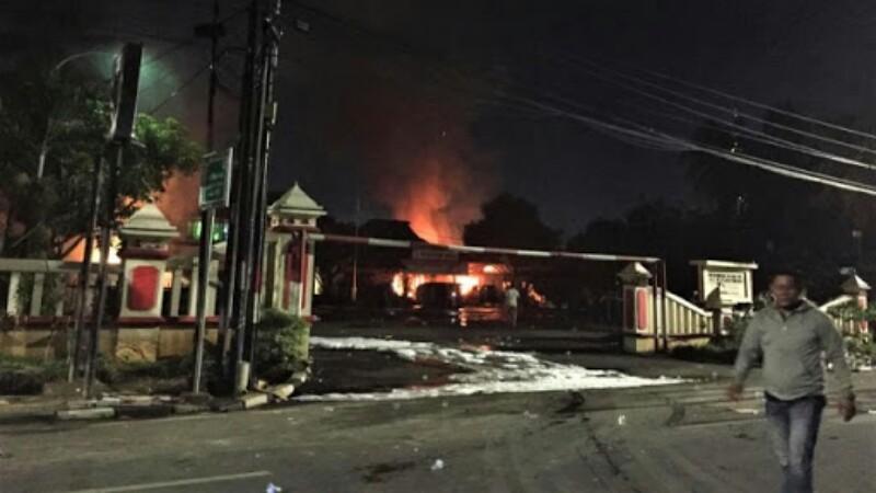 Pasca Diserang dan Dibakar Ratusan Massa, Polsek Ciracas Kondusif