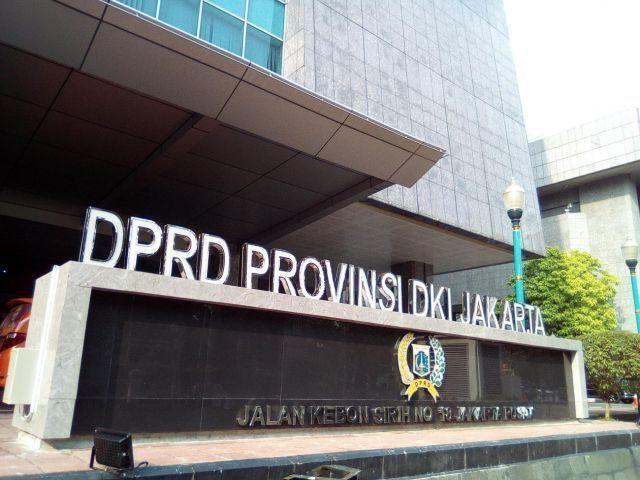 Banyak Warga Ngga Paham, DPRD DKI Gelar Sosper Akhir Bulan