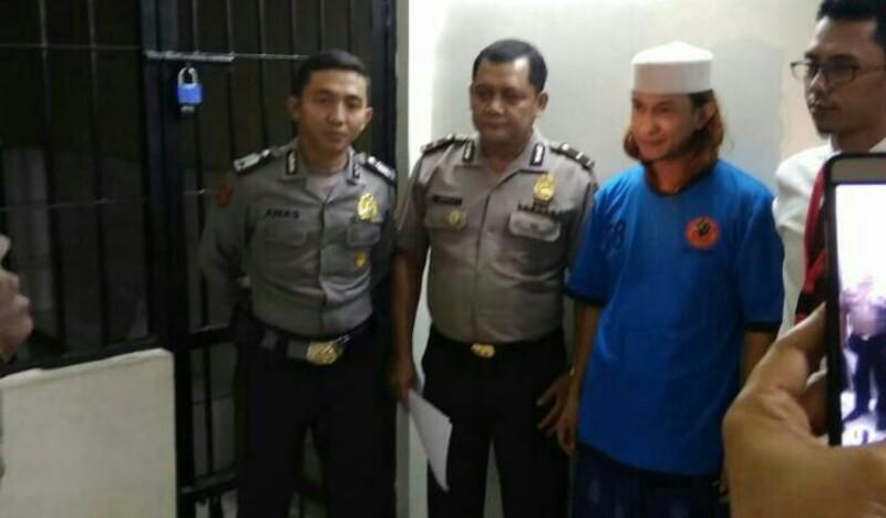 Terjerat Kasus Penganiayan Anak, Habib Bahar Ditahan Polda Jabar