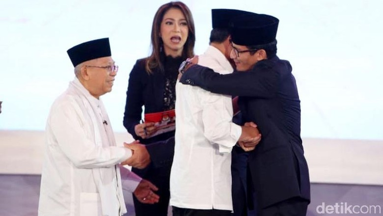 Debat Ketiga, Ma'ruf Amin Pamer Kartu Pra Kerja, Sandiaga Janji Ngga Menyerang