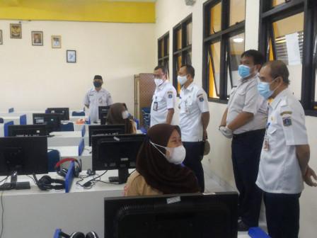 Wali Kota Jakpus Monitor Pelaksanaan KBM Tatap Muka di SMKN 2