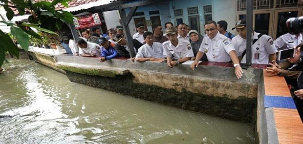 Hidayat Nur Wahid Tagih Janji Jokowi Atasi Banjir Jakarta