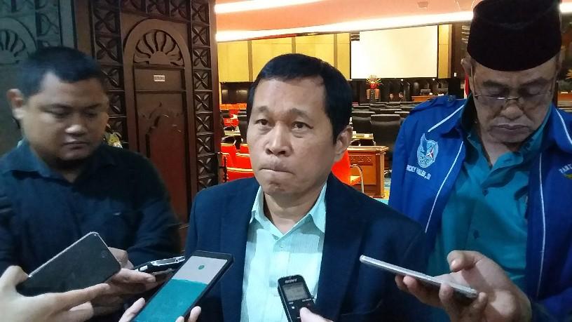 Santoso Resmi Gantikan Feryal Sofyan Sebagai Wakil Ketua DPRD DKI