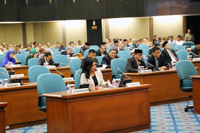 Publik Mulai Curiga, DPRD DKI Diminta Lebih Terbuka Soal Pemilihan Wagub