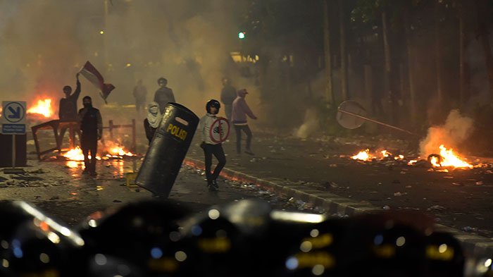 Security, Cleaning Service dan Teknisi Gedung Sarinah Didakwa Terlibat Kerusuhan 21-22 Mei