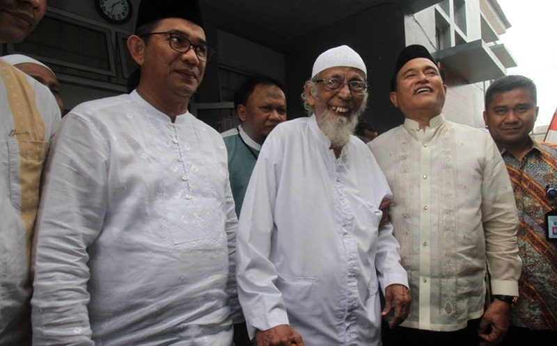 Ustad Abu Bakar Ba'asyir Dibebaskan