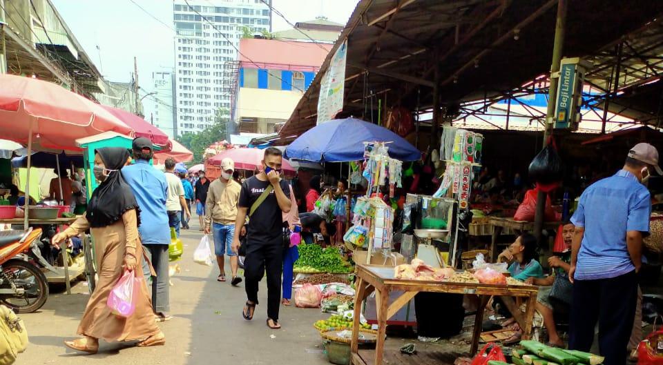 Meski di tutup 14 hari, Pasar Kebayoran Lama Tetap Ramai