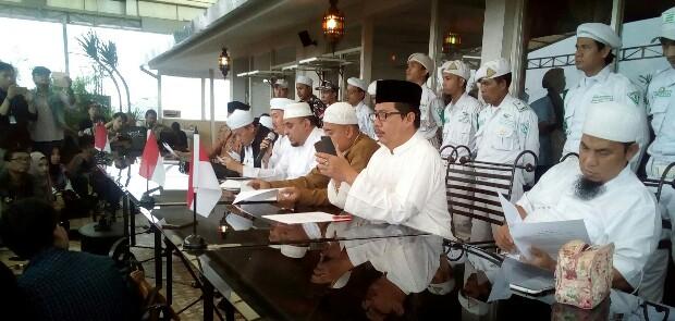 Tim 11 PA 212 Merasa Sedang Diadu Domba dengan Jokowi dan Umat Islam