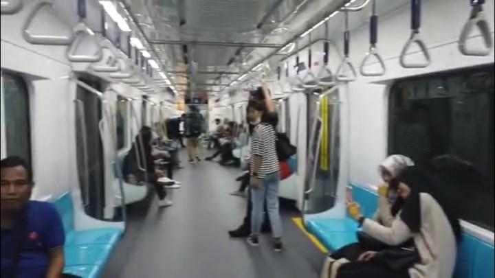Mulai Senin, Tarif MRT Normal Kembali