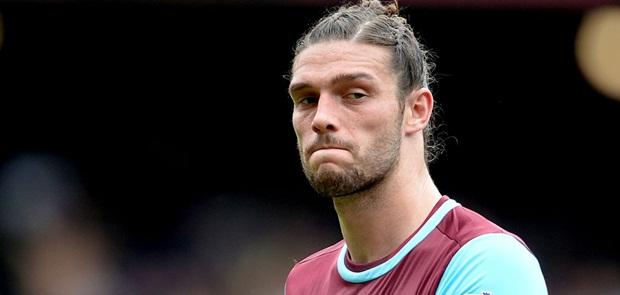 Chelsea Berpotensi Gagal Boyong Andy Caroll dari West Ham