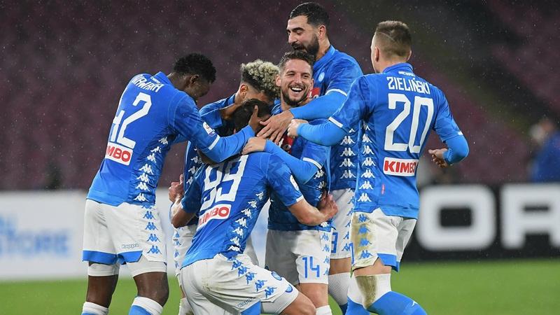 Lazio Tak Mampu Bendung Napoli
