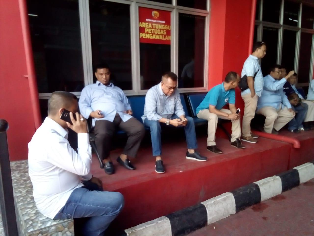 Ketua Seknas Prabowo-Sandi Uno, M Taufik Jenguk musisi Ahmad Dhani