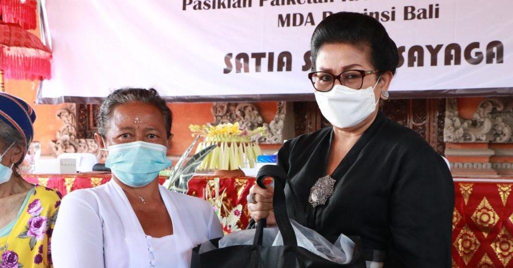 Pakem Kian Kabur, Ny. Putri Koster Gencarkan Sosialisasi dan Pelatihan Etika Payas Bali