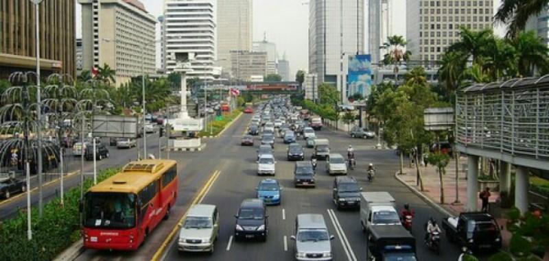 Anies-Sandi Akan Buka Kembali Jalan MH Thamrin untuk Pengemudi Motor