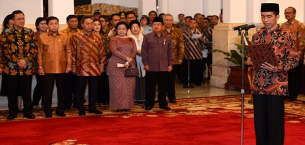 Jokowi Reshuffle Kabinet, Sekjen Golkar Gantikan Khofifah Sebagai Mensos