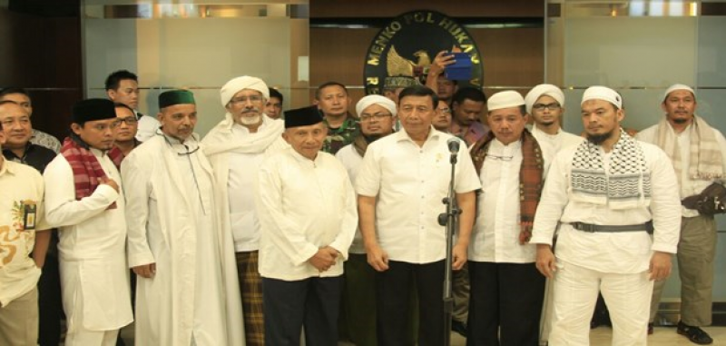 IPW Pertanyakan Polisi Aksi 313 Makar, TNI dan BIN Santai