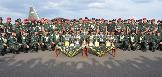 TNI AD Juara Lomba Tembak Internasional AARM Ke-27 di Singapura
