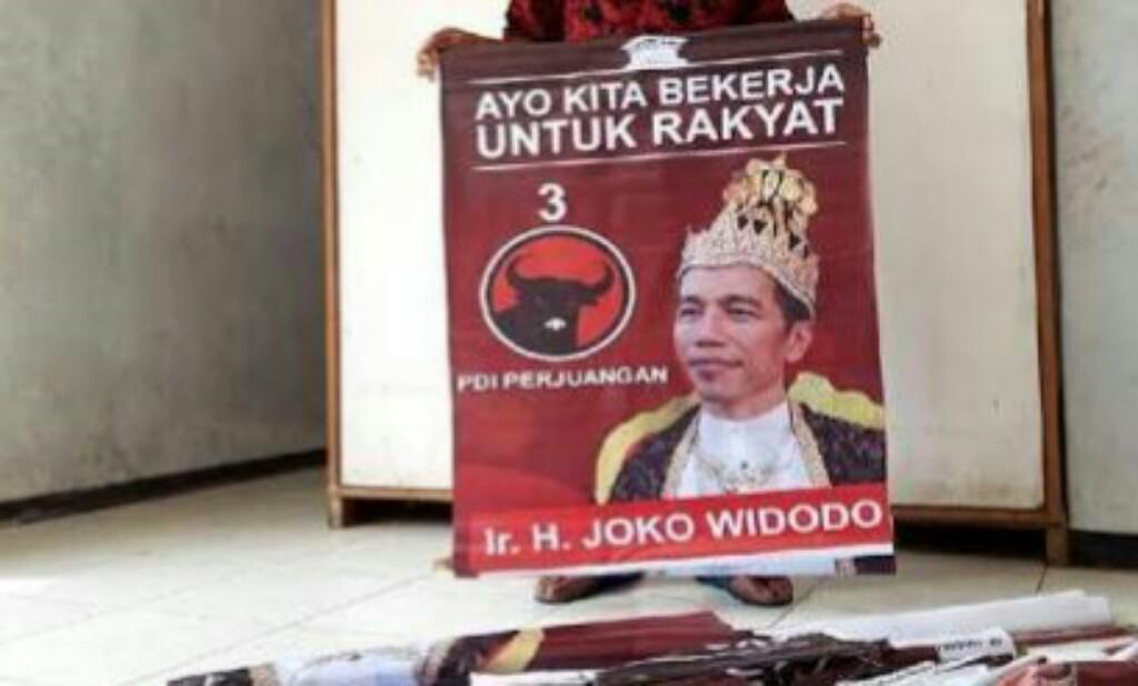 Jokowi Diduga Tengah Menjalankan Politik Bumi Hangus