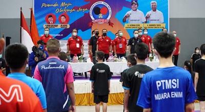 HD Resmi Buka Piala Gubernur Cup Tenis Meja
