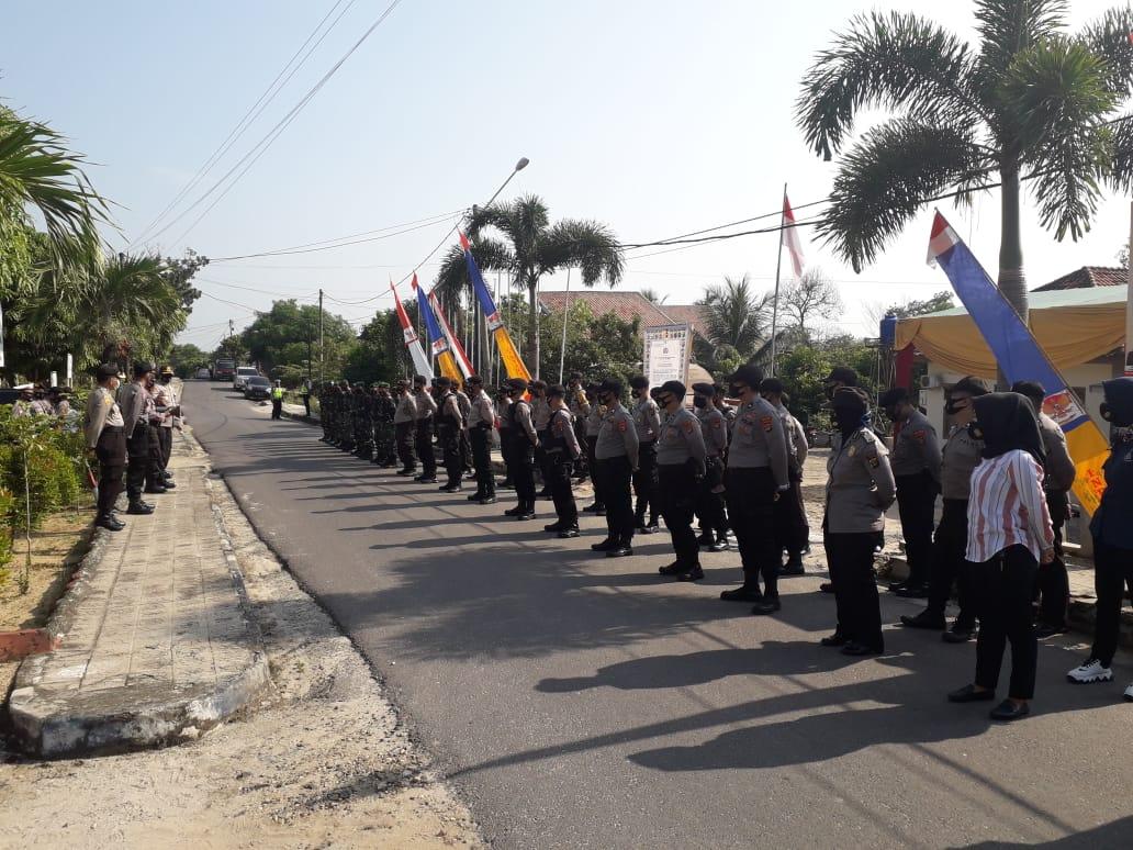 Kapolres Way Kanan Pimpin Pengamanan di KPUD