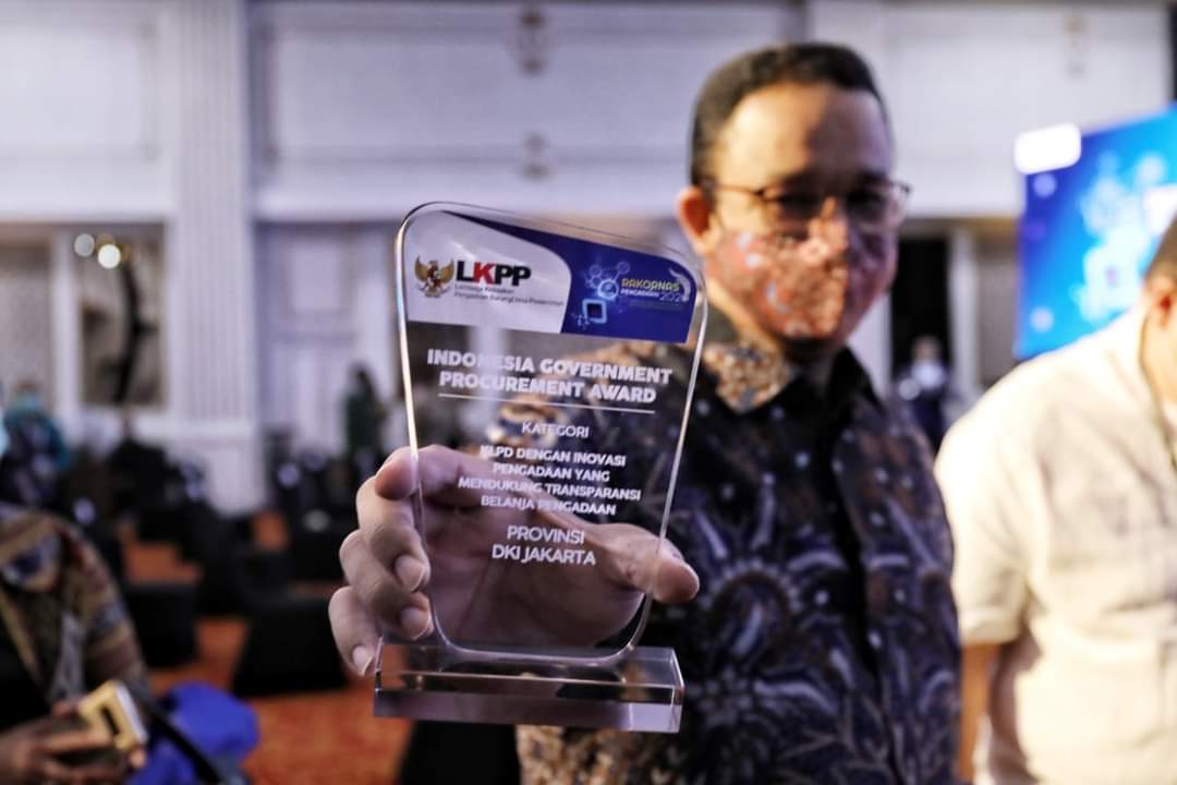 Dapat Penghargaan LKPP Bantu UMKM, Anies: Jangan Sampai Yang Kecil Tergilas