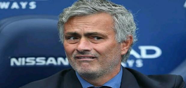 Gol Man United Dianulir, Mourinho Ogah Kritik Wasit
