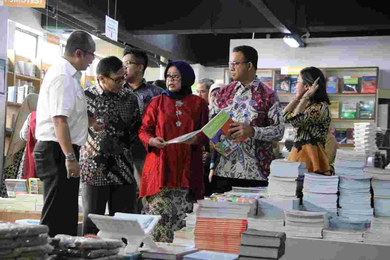 Pemprov DKI Resmikan Jakbook, Sentra Penjualan Buku Murah