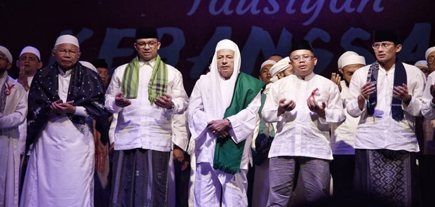 Anies-Sandi Hadiri Tausiyah Kebangsaan Bersama Habib Maulana Luthfi bin Yahya