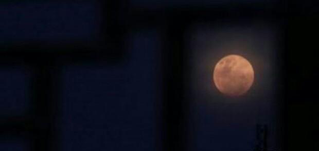 Gerhana Bulan Total Terlama Dalam 100 Tahun Terjadi Sabtu Dini Hari