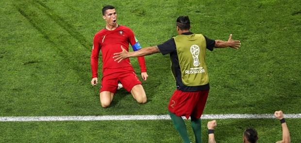 Hattrick ke Gawang Spanyol, Ronaldo Panen Rekor