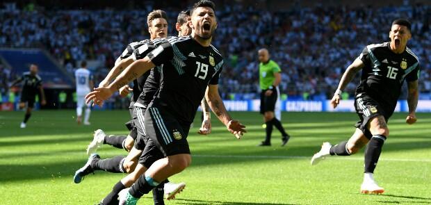 Messi Gagal Bikin Argentina Kalahkan Islandia