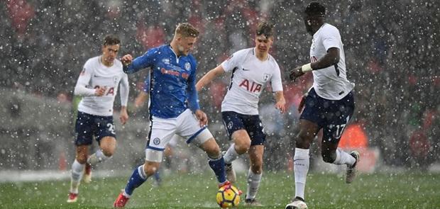 Bantai Rochdale 6-1. Spur Melaju ke Babak Perempatfinal Piala FA