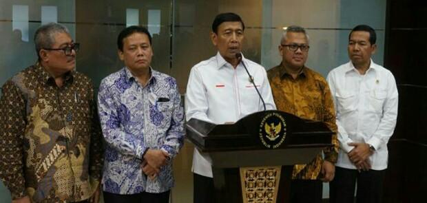 Soal Penanganan Kasus Suap Calon Kepda, Pemerintah Dituding Lemahkan KPK