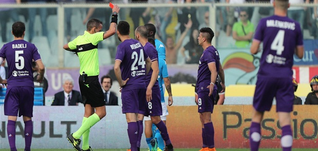 Dilibas Fiorentina 0-3, Asa Napoli Raih Scudetto Terkikis