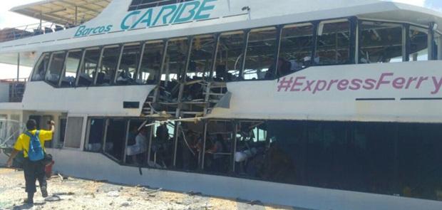 Kapal Feri Meledak, 25 Orang Terluka