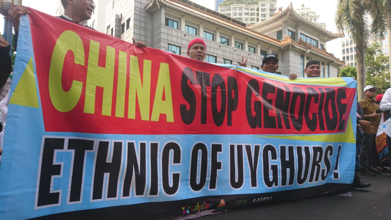 Aksi Brigade 212 Peduli sesama Muslim  Uighur Meminta  Dubes China Diusir dari Indonesia