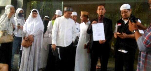Sebarkan Hoaks dan Nistakan Agama, Denny Siregar Dilaporkan ke Bareskrim