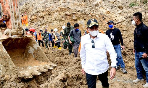 Tinjau Lokasi Longsor di Kawasan PLTA Batangtoru, Edy Rahmayadi Minta Evakuasi Korban Dilakukan Secara Optimal